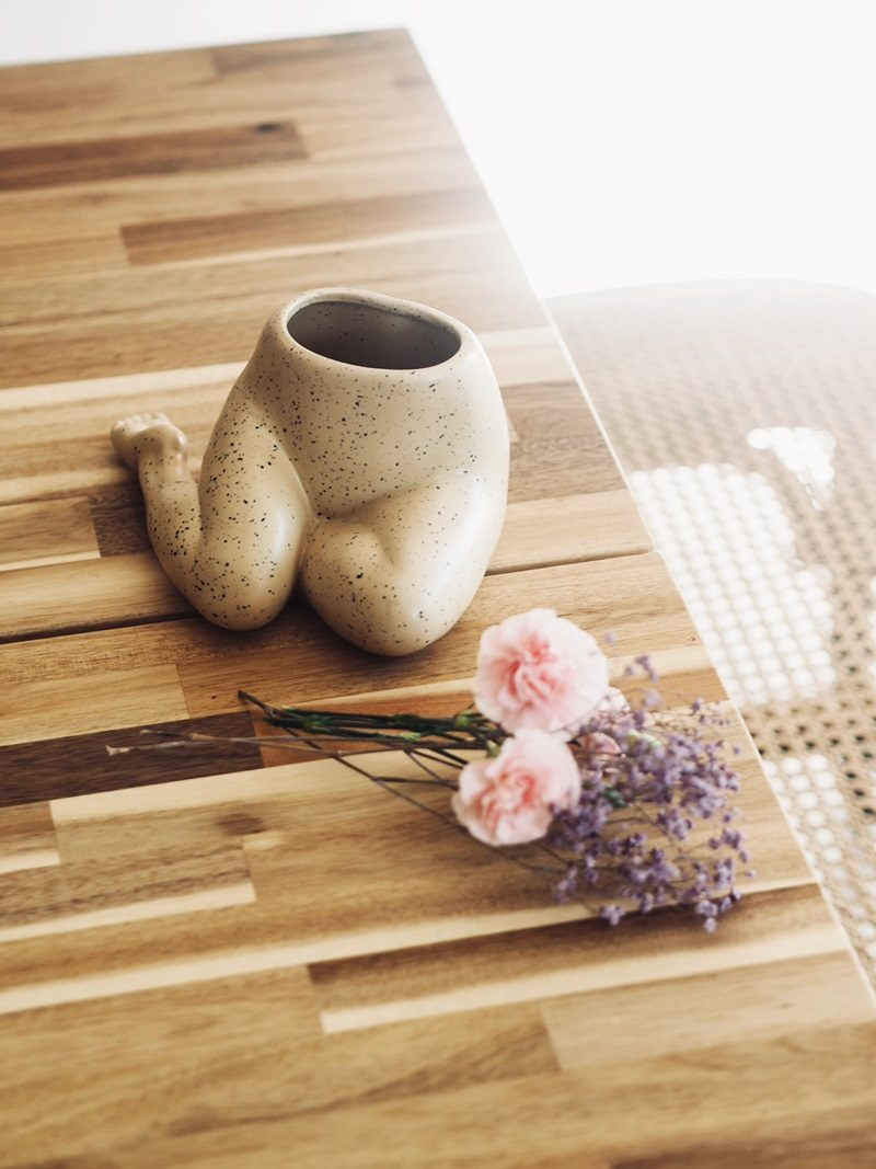 monki body vase